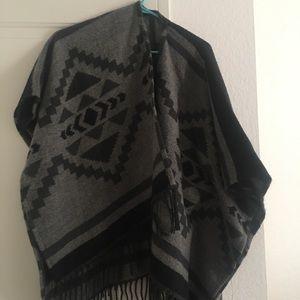 Hollister Grey/Black Poncho